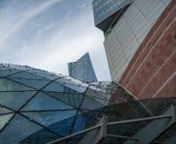 Futurystyczna architektura w centrum Warszawa obraz royalty free