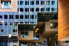Futurystyczne fasady w Oslo, Norwegia Fotografia Royalty Free