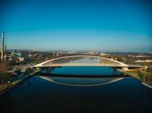 Futurystyczny troja most w Holesovice Praga zdjęcia royalty free