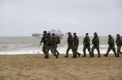 Fuzileiros navais na praia Fotografia de Stock
