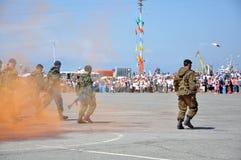 Fuzileiros navais no ataque Fotos de Stock Royalty Free