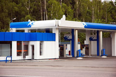 fyllande petrolstation Royaltyfri Fotografi