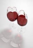 fylld formad wine för exponeringsglashjärtaförälskelse gift Royaltyfria Bilder