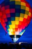 Fyllning för ballong för varm luft med varm luft Arkivbilder