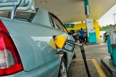 Fyllning för bensinpump Royaltyfria Bilder