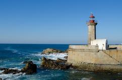 Fyr - Farol de Felgueiras, Porto - Portugal Royaltyfri Bild