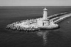 Fyr på porten av Livorno Italien royaltyfria foton