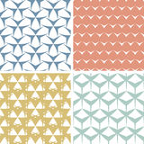 Fyra abstrakta lättretliga geometriska rosa sömlöst Arkivfoto