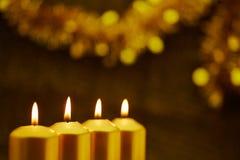 Fyra adventstearinljus för jul Royaltyfri Bild