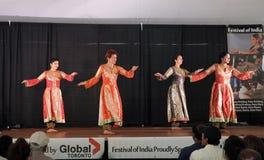 Fyra dansare Arkivfoto