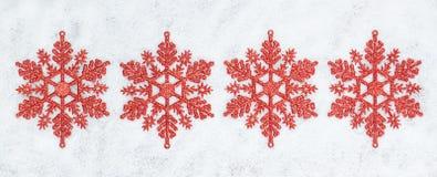 Fyra dekorativa julsnowflakes. Royaltyfri Bild