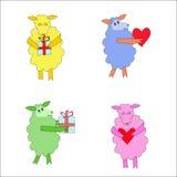 Fyra färgrika isolerade får med hjärta och gåvan Royaltyfri Foto