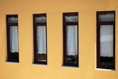 fyra fönster Fotografering för Bildbyråer