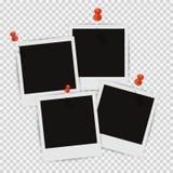 Fyra fotoramar på väggen med fäst skugga Royaltyfri Bild