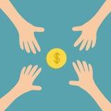 Fyra handarmar som når till det kontanta för pengardollar för guld- mynt symbolet för tecken Ta handen Slut upp kroppsdelen finan Royaltyfri Foto