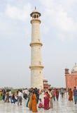 fyra mahal minarets en taj Arkivfoto