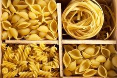 fyra set variationer för pasta Royaltyfri Foto