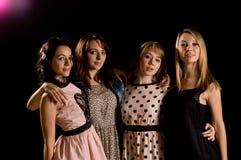 Fyra sexiga tonårs- flickor Royaltyfri Bild