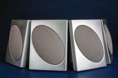 Fyra silverhögtalare Fotografering för Bildbyråer