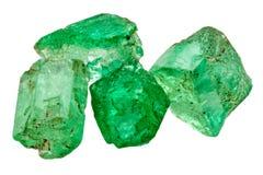 Fyra smaragdkristaller Royaltyfria Bilder