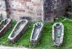 Fyra tomma gravar Fotografering för Bildbyråer