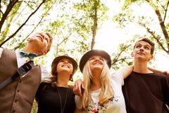 Fyra tonårs- vänner Arkivfoto