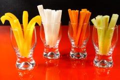 Fyra typer av grönsaken klibbar, sund fingermat som tjänas som på beträffande royaltyfri foto