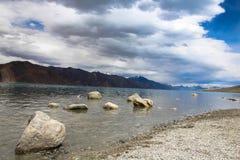 Fyra ut ur fem beståndsdelar av naturen Arkivfoton