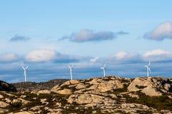 Fyra windturbiner Royaltyfri Bild