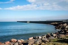 Fyrar på pir i Aberdeen hamningång Royaltyfri Fotografi