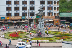 Fyrkant av den centrala marknaden i Dalat, Vietnam Royaltyfria Foton