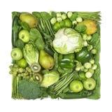 Fyrkant av gröna frukter och grönsaker fotografering för bildbyråer