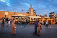 fyrkant för djemaael-fna marrakesh morocco arkivbilder