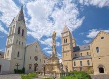 Fyrkant för helig Treenighet i den Veszprem staden, Ungern Arkivbilder