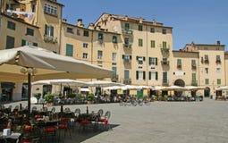 Fyrkant för Lucca stadsmitt Fotografering för Bildbyråer
