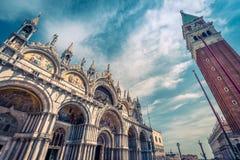 Fyrkant för St Mark ` s i Venedig, Italien royaltyfria foton