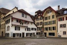 Fyrkant i Aarau, Schweiz Arkivfoton