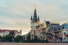 Fyrkant i staden royaltyfria bilder
