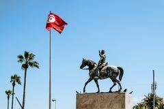 Fyrkanten med monumentet till Habib Bourguiba nära Medina Arkivbild