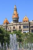 Fyrkantig catalan i Barcelona Arkivfoton