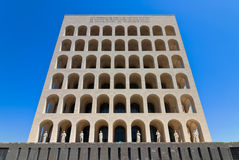 Fyrkantiga Colosseum i Rome vid dag Royaltyfri Foto