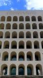 Fyrkantiga Colosseum på Eur, Rome Arkivbilder