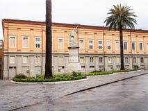 Fyrkantiga Garibaldi ägnade till hjälten av de två världarna Arkivbild