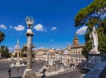 Fyrkantiga Piazza del Popolo i Rome Italien Royaltyfri Foto