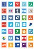 Fyrkantiga symboler för socialt massmedia Royaltyfri Bild