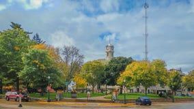 Fyrkantigt centrum Baraboo, Wisconsin för domstolsbyggnad royaltyfria bilder