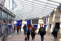 Fyrkantigt leda för halvö till O2en eller den norr Greenwich stationen royaltyfria bilder