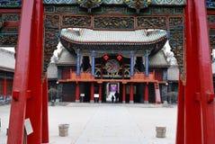 fyrkantigt tempel för porslin Arkivfoto