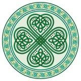 Fyrklöver Irländskt symbol i den keltiska stilen för festmåltiden av St Patrick royaltyfri illustrationer