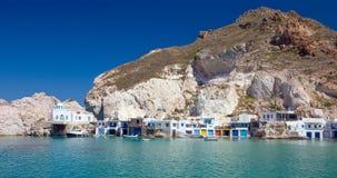Fyropotamos村庄,芦粟海岛,基克拉泽斯,希腊全景  图库摄影